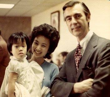 Alice from Arizona pictured with her mother and Mister Rogers.